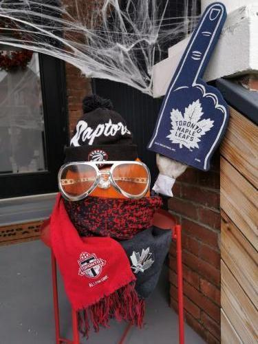 """""""Toronto Sports Fan o' Lantern"""""""
